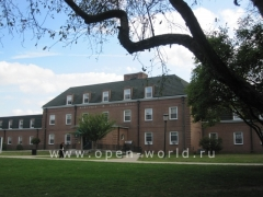 Long Island University, CW Post, New York (12)